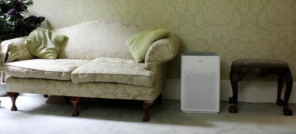 best air purifer for a small room Winix AM90