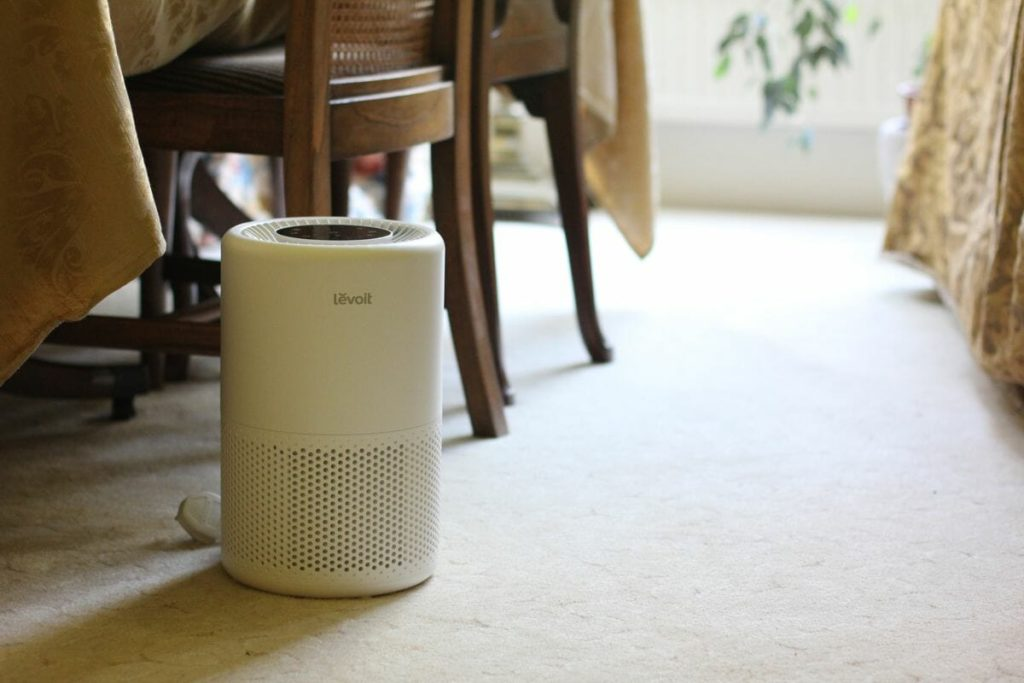 Best air purifier for a small room-Levoit 200S